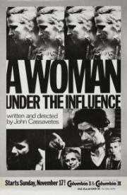 Eine Frau unter Einfluss