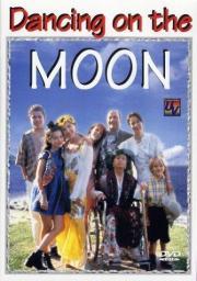 Maddie tanzt auf dem Mond