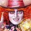 """""""Alice im Wunderland 2"""" mit abenteuerlichem Trailer & Postern!"""