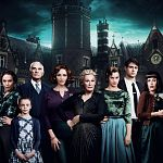 """Wer ist der Mörder? """"Crooked House""""-Trailer nach Agatha Christie"""