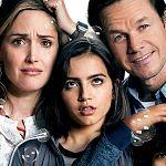 """Wahlberg erhält eine """"Instant Family"""", Damon spielt den """"Charlatan"""""""