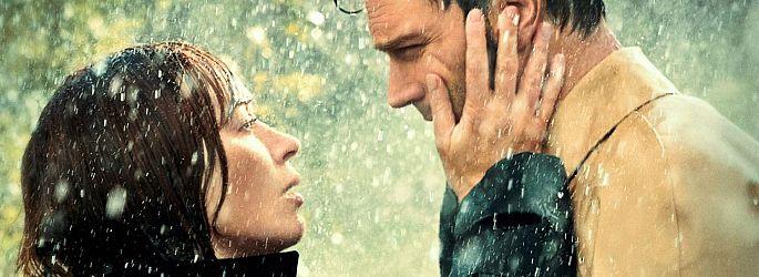 Große Gefühle: Trailer mit Emily Blunt, Sienna Miller & anderen