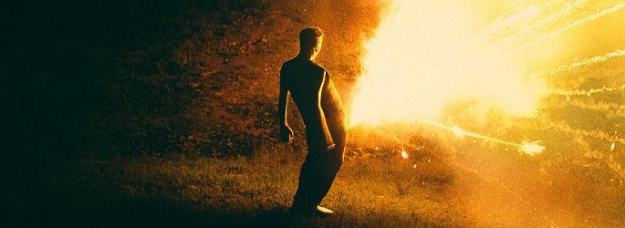 """Völlig schräg: Red-Band-Trailer zu """"The Death of Dick Long"""""""