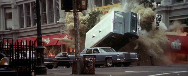 Bild 10:Intro mit Schmackes: Spannende Szenen direkt am Filmanfang!