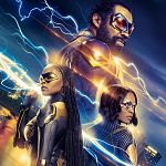 "SDCC 2017: ""Black Lightning""-Clip & Cast - ""Young Justice: Outsiders""-Banner"