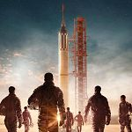 """The Right Stuff""-Trailer, Poster & Starttermin, ""Moonbase 8"" zieht zu Showtime"