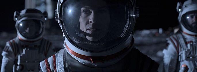 """Netflix: Teaser Mars-Serie """"Away"""", Start Del Toros """"Wizards"""", Verlängerungen"""